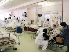 Rescued patients undergoing  hemodialysis at Kesennuma-City Hospital